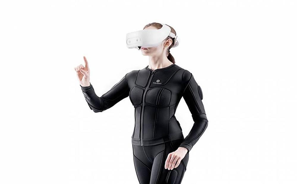 Desde el entrenamiento sexual hasta el porno de VR personalizado, este traje háptico inspira posibilidades sexuales alucinantes